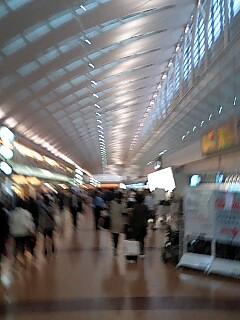何故か羽田空港